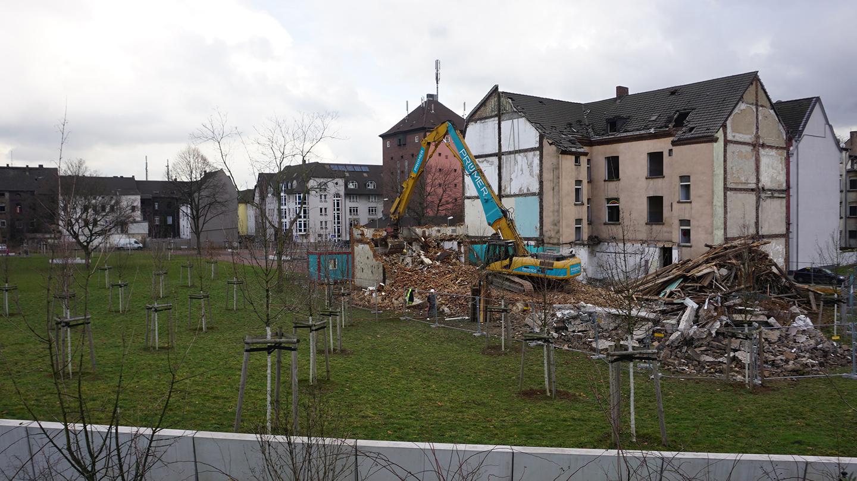 PruemerGmbH_Abbruch-diverser-Wohngebaeude-Duisburg_03